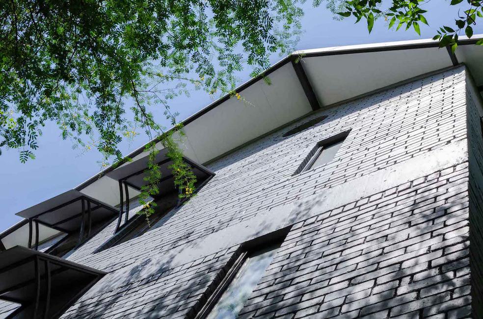04. East facade windows